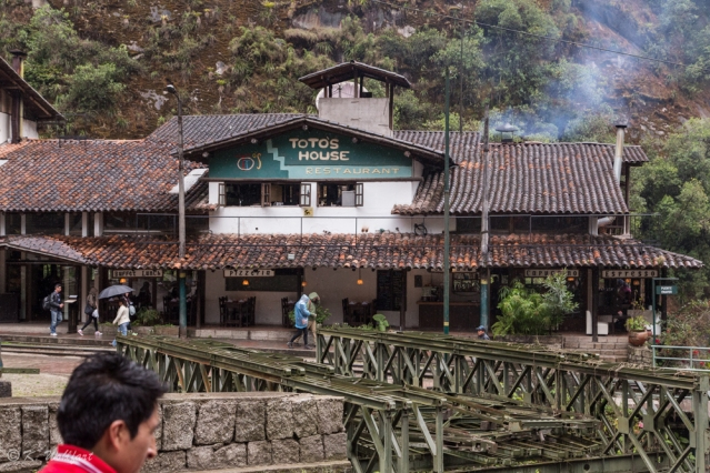 aguas calientes-11