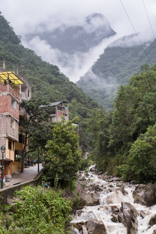 aguas calientes-6